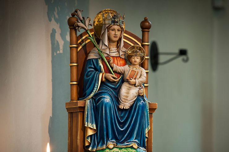 Mary's a <i>Blankie</i> Person: Our Lady of Walsingham